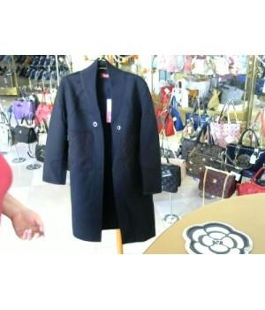 Пальто черного цвета на запах красная строчка MAX MARA 5062 [Черный]