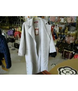 Пальто серого цвета длина ниже колен по бокам пуговицы MAX MARA 5079 [Светло-сер]